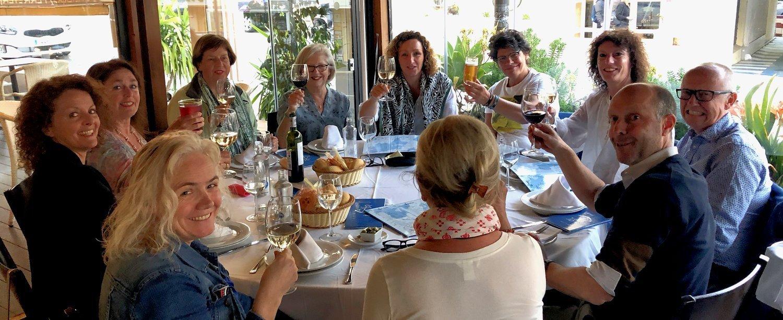 Eten met deelnemers van de Spanje reis in 2019